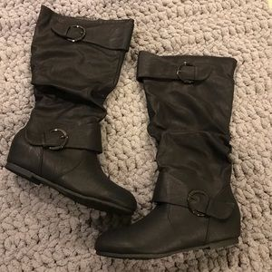 Shoes - New with box black wide calf cute boots Sz 9.5